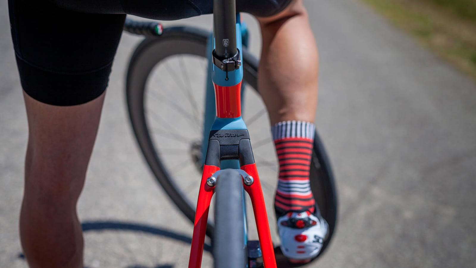 Keep your feet warm with these winter cycling socks