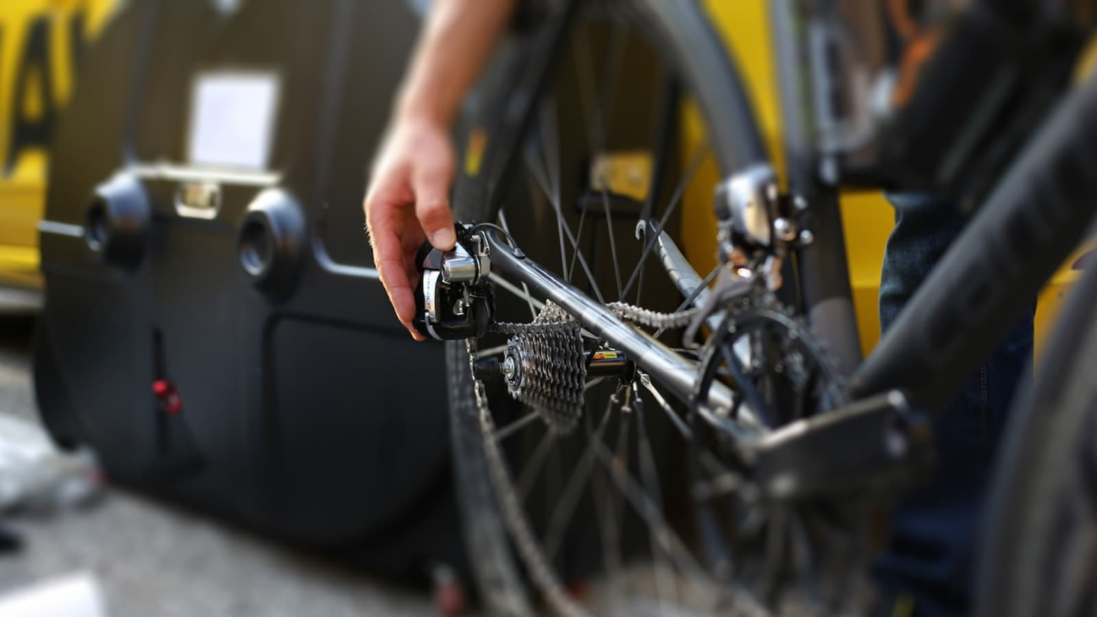 5 of the best bike boxes and bags